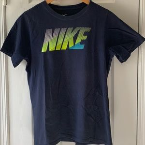 Nike short sleeve Tee shirt